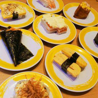 Foto 1 - Makanan di Genki Sushi oleh felita [@duocicip]