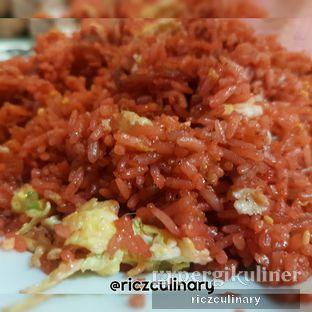 Foto 2 - Makanan(Nasi Goreng Merah (Dari Dekat)) di RM Irtim Makassar oleh Ricz Culinary