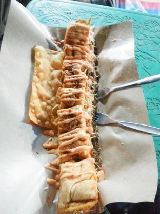 Foto 1 - Makanan di Roti John Surabaya oleh DITA