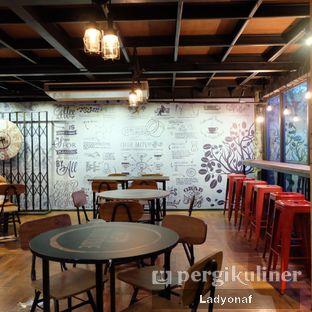 Foto 12 - Interior di Kopi Boutique oleh Ladyonaf @placetogoandeat