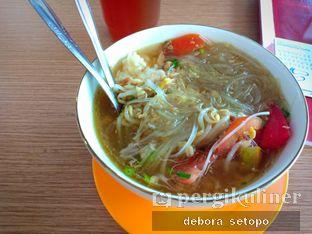 Foto - Makanan di Nasi Soto Ayam Semarang oleh Debora Setopo