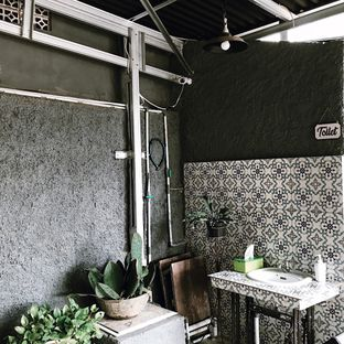 Foto 9 - Interior di SAYA Kopi oleh Della Ayu