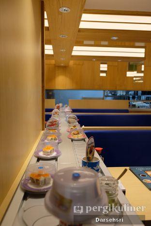 Foto 6 - Interior di Sushi King oleh Darsehsri Handayani