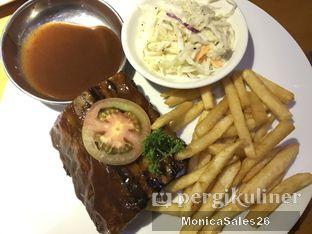Foto 5 - Makanan(smokey baby back ribs) di Smokey Ribs oleh Monica Sales