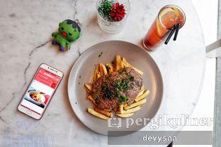Foto 9 - Makanan di Harlow oleh Slimybelly