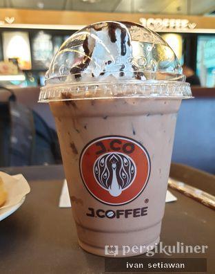 Foto 2 - Makanan di J.CO Donuts & Coffee oleh Ivan Setiawan
