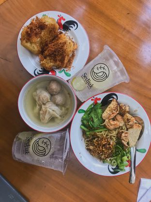 Foto review Sedjuk Bakmi & Kopi by Tulodong 18 oleh @qluvfood  2