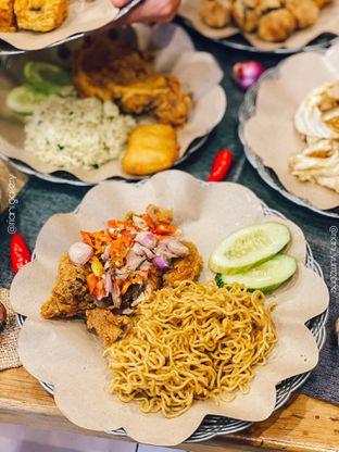 Foto 6 - Makanan di Geprek Gold Chick oleh Riani Rin