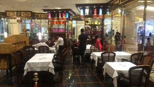Foto 8 - Interior di TWG Tea Salon & Boutique oleh Renodaneswara @caesarinodswr