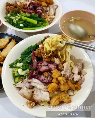 Foto 1 - Makanan(Mie 5 Topping) di Mie Benteng oleh JC Wen