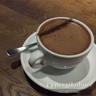 Foto 1 - Makanan(Hot Chocolate) di Two Hands Full oleh Yudith Kindangen