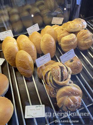 Foto 2 - Makanan di Bungsu Bakery oleh Jessenia Jauw
