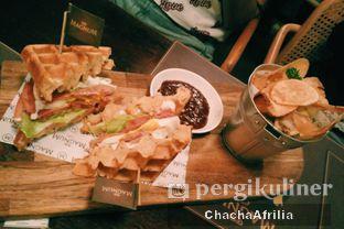 Foto 7 - Makanan(Waffle de Bruges) di Magnum Cafe oleh Chacha Afrilia