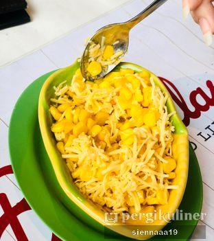 Foto 3 - Makanan(corn with butter cheese) di Boncafe oleh Sienna Paramitha