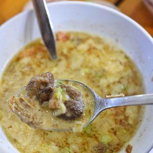 Foto 2 - Makanan di Soto Betawi Nyonya Afung Express oleh Stellachubby