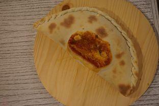 Foto 6 - Makanan di Orofi Cafe oleh eatwerks