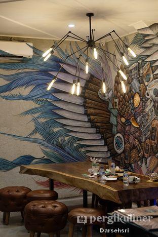 Foto 7 - Interior di Wake Cup Coffee oleh Darsehsri Handayani
