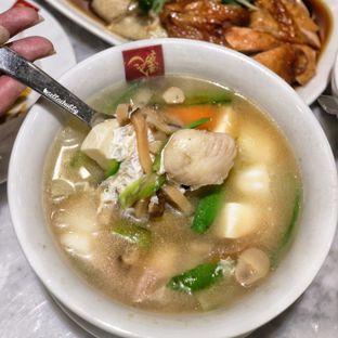 Foto 2 - Makanan(Soup and beancurd) di Wee Nam Kee oleh Stellachubby