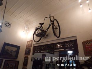 Foto 6 - Interior di Grand Father Coffee Shop oleh Surya Adi Prakoso