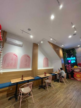 Foto 13 - Interior di Twist n Go oleh Vionna & Tommy
