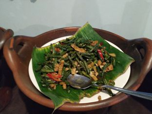 Foto 6 - Makanan di Ayam Goreng Bacem Mbok Sum oleh yeli nurlena