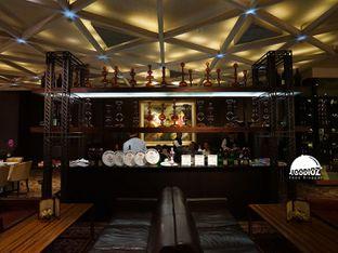 Foto 3 - Interior di Amuz oleh IG: FOODIOZ