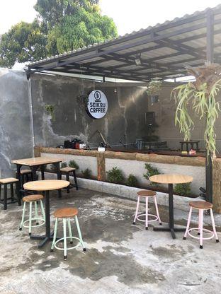 Foto 28 - Interior di Seikou Coffee oleh Prido ZH