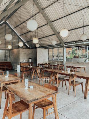 Foto 4 - Interior di Warung Nako oleh Indra Mulia