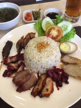 Foto 1 - Makanan di Nasi Campur Ko Aan oleh Yuni