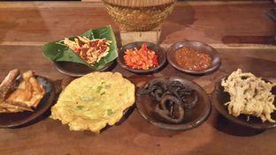Foto 2 - Makanan di Waroeng SS oleh Rizky Sugianto