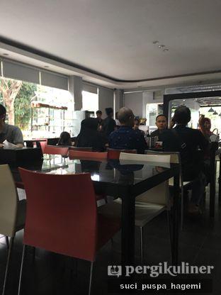 Foto review Sari Sanjaya oleh Suci Puspa Hagemi 3