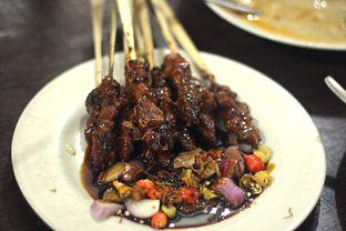 Foto 1 - Makanan(Sate Kambing) di Sate Palmerah / Kim Tek oleh Marchella Loofis