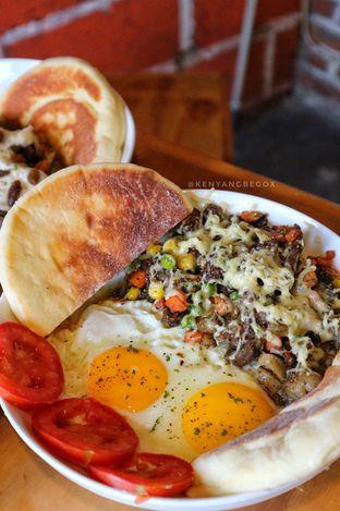 Foto 2 - Makanan di Kambing Babeh Dolof oleh vionna novani
