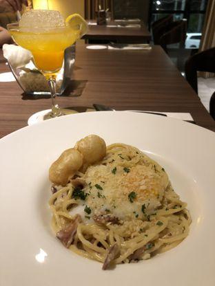 Foto 1 - Makanan di Confit oleh @yoliechan_lie