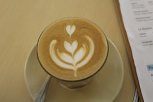 Foto 2 - Makanan(Latte) di Turning Point Coffee oleh Komentator Isenk