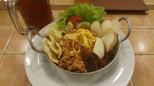 Foto review Bon Ami Restaurant & Bakery oleh Vising Lie 3