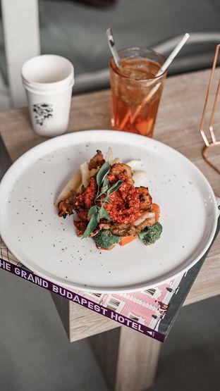 Foto 10 - Makanan di Cecemuwe Cafe and Space oleh deasy foodie