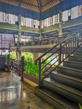 Foto 6 - Interior di Leuit Ageung oleh Farach Putri | #TheLostFoodie