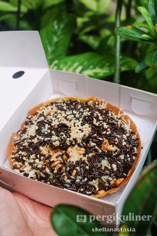 Foto 1 - Makanan(Cokelat Kacang Wijen Keju) di Martabak Orins oleh Shella Anastasia
