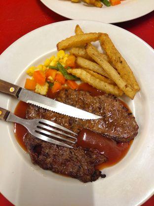 Foto 1 - Makanan di Cikawao Steak oleh perut mbul