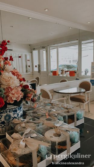 Foto 6 - Interior di Sucre Patissier and Chocolatier oleh Francine Alexandra
