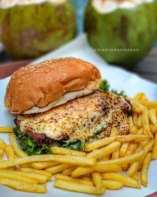 Foto - Makanan di Biang Burger oleh Nicole || @diaryanakmakan