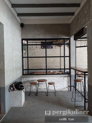 Foto review Blackswan Coffee House oleh Selfi Tan 3