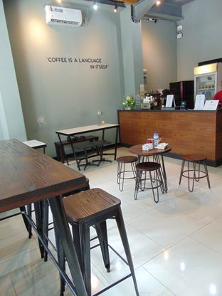 Foto 3 - Interior di The Prama Coffee oleh Kuliner Addict Bandung