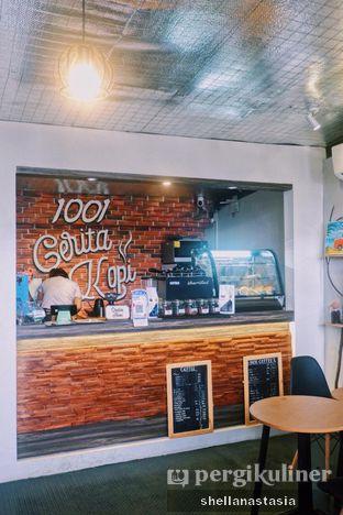 Foto 10 - Interior di 1001 Cerita Kopi oleh Shella Anastasia