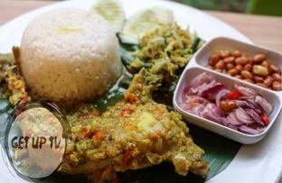 Foto 4 - Makanan di Bale Lombok oleh GetUp TV