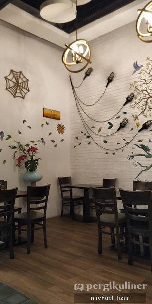 Foto 1 - Interior di Babochkaa Bistro & Coffee Bar oleh Michael Lizar