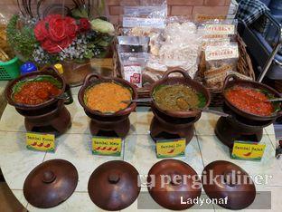 Foto 1 - Interior di Nasi Kuning Plus - Plus oleh Ladyonaf @placetogoandeat