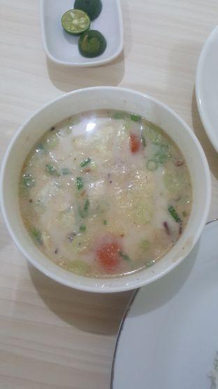 Foto 2 - Makanan di Soto Pak J oleh Marsella Sehan