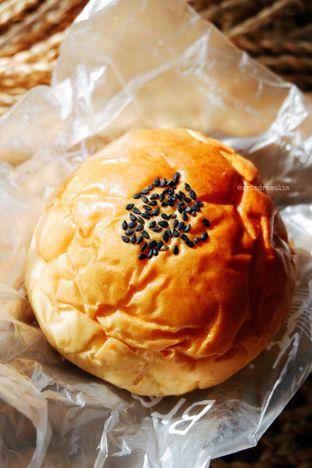 Foto 1 - Makanan di BreadTalk oleh Indra Mulia